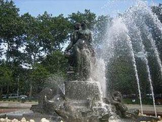 Bailey Fountain - Lefferts Garden Suite - Brooklyn - rentals