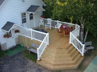Perfect 3 bedroom Fish Creek House with Deck - Fish Creek vacation rentals