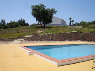 Casa Passaro, Nature, Silence, Culture and Beach - Santiago do Cacem vacation rentals