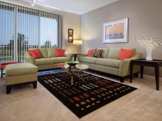 Fantastic New Designer Townhome Vista Cay Orlando - Orlando vacation rentals