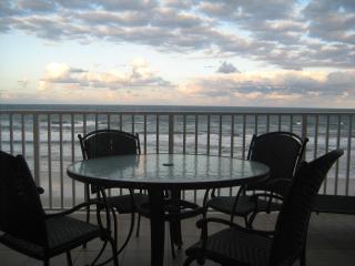Luxurious 3/3 Direct Oceanfront Corner Unit Condo - Daytona Beach vacation rentals