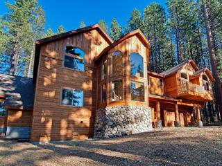 7 bd/8 bath Heavenly w/Pool - South Lake Tahoe vacation rentals