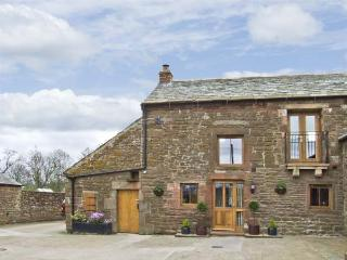 SWALLOW'S NEST, family friendly, character holiday cottage in Penrith, Ref 4231 - Great Strickland vacation rentals