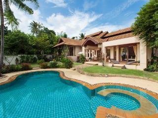 Baan Lily a stunning villa with pool and jacuzzi - Chaweng vacation rentals
