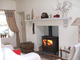 Traditional Failte Ireland Connemara Cottage. - Clifden vacation rentals