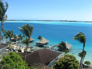 BEAUTIFUL LAGOONFRONT VILLA IN BORA BORA - Bora Bora vacation rentals