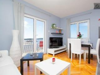 Apartment Lorenco Tudor: Red!  Central position in the centre of Hvar town! - Hvar vacation rentals