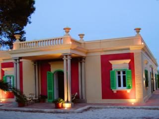 Nice B&B with Internet Access and Garden - Monopoli vacation rentals