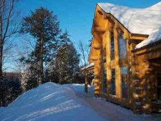 The Lakehouse, luxury lakeside log home. - Wentworth Nord vacation rentals