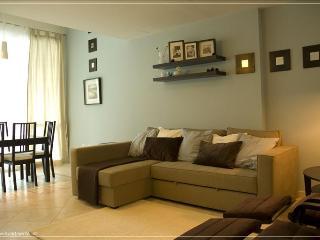 118 Luxurious Apartment  in Dubai Marina - Dubai vacation rentals