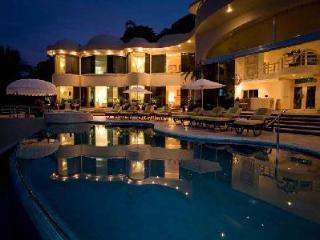 Elegant Oceanfront Paradise with Magestic Views, Butler, Chef -  Paraiso Villa - Mismaloya vacation rentals