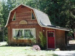 1 bedroom Cottage with Deck in Salt Spring Island - Salt Spring Island vacation rentals