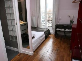 ***A Room with a View at Marais-Bastille*** - Paris vacation rentals