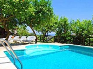 Appartamento Belcuore B - Nerano vacation rentals