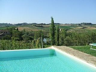 Appartamento Raniero A - Siena vacation rentals