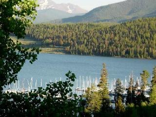 Getaway - Great Views & Comfort! World Class Skiing Minutes Away! - Dillon vacation rentals