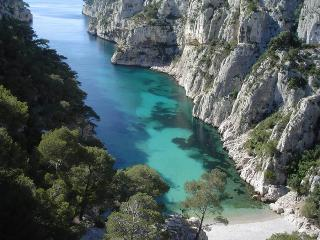 Cassis 5 Bedroom Villa with Sea View, Sleeps 11, 400 Meter to Portbeach - Cassis vacation rentals