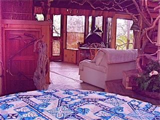 Hawaii Volcano Genuine Treehouse rental - Volcano vacation rentals