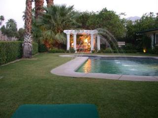 Canyon Country Club Classic Home in Palm Springs - Palm Springs vacation rentals