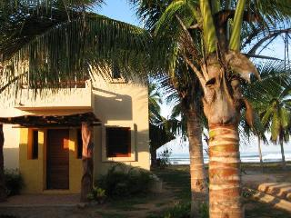 CASA ROSALINDA - Beachfront Villas near Troncones - Mexican Riviera-Pacific Coast vacation rentals
