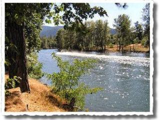 2 Rustic Cabins on Rogue River ~ Fully stocked! - Grants Pass vacation rentals