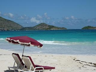 DECEMBER DEAL - LA PLAGE - Sea Therapy - Orient Bay vacation rentals