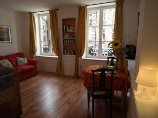 Beautiful apartment in Dinan- 20% WINTER DISCOUNT! - Brittany vacation rentals