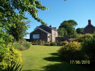 Clares  Holiday Cottage with stunning views - South East Wales vacation rentals