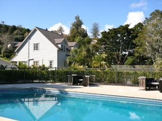Chapel Cottage - Russell vacation rentals
