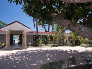Seven Seas Villa: Deluxe Waterfront Property - Ocho Rios vacation rentals