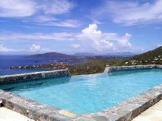 VILLA AMOUR ,Romantic , Art Lovers Paradise , - North Side vacation rentals