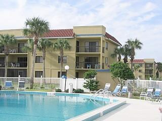 Oceanside Condo - Low fall rates - Saint Augustine Beach vacation rentals