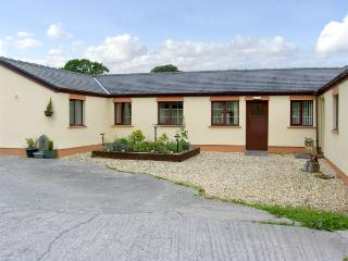 BARN COTTAGE, pet friendly, country holiday cottage, with a garden in Laugharne, Ref 4184 - Burry Port vacation rentals