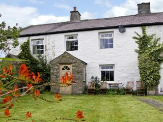 HARBER SCAR, pet friendly, WiFi, character holiday cottage, with a garden in - North Yorkshire vacation rentals
