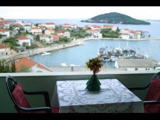2611 Silvia Maria (4+1) - Kali - Kali vacation rentals