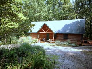 Butterfly Haven Lodge - Charming and Relaxing! - Logan vacation rentals