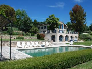 Heavenly house in Luberon, Provence, France. Pool, tennis. - Saint-Martin-de-Castillon vacation rentals