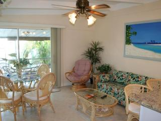 Casa Mar Azul 2 - Cabana Club, Pool & Inch Beach - Key Colony Beach vacation rentals