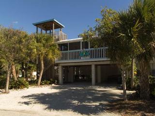 Blue Dolphin Inn - Flamingo Up - Anna Maria vacation rentals