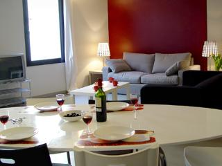 Vino Tinto ** Cocoon Ramblas (BARCELONA) - Barcelona vacation rentals
