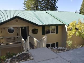 Yosemite's Top of the Pines - Yosemite Area vacation rentals