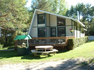 Perfect 2 bedroom Fish Creek House with Deck - Fish Creek vacation rentals