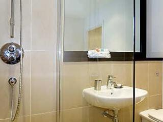 The Hamiltons 1 and 2 Bedroom Apartments - Cambridge vacation rentals