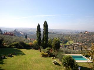 Villa Da Vinci for 10 - Vitolini vacation rentals