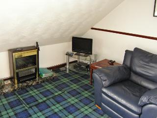 ABERFOYLE APARTMENT, family friendly, country holiday cottage in Aberfoyle, Ref 4295 - Aberfoyle vacation rentals