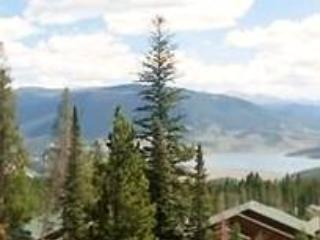Nice Condo with Fireplace and Shared Outdoor Pool - Silverthorne vacation rentals
