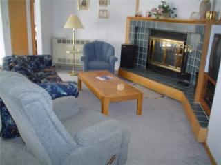 WALK TO KEYSTONE LIFTS, INDOOR POOL (LF012) - Keystone vacation rentals