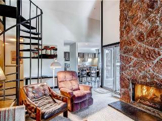 SKI IN-SKI OUT,  2 + LOFT SKI WATCH CONDO - Breckenridge vacation rentals