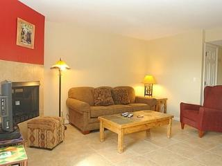 Perfect Condo with Dishwasher and Shared Outdoor Pool - Tucson vacation rentals