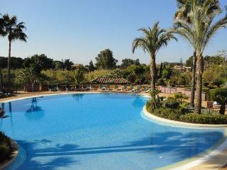 Free Broadband WiFi, Fabulous sea views, 5 Pools - Marbella vacation rentals